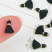 10mm Tiny Tassels - Black
