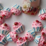 Tiny Resin Cupcakes Cabochons